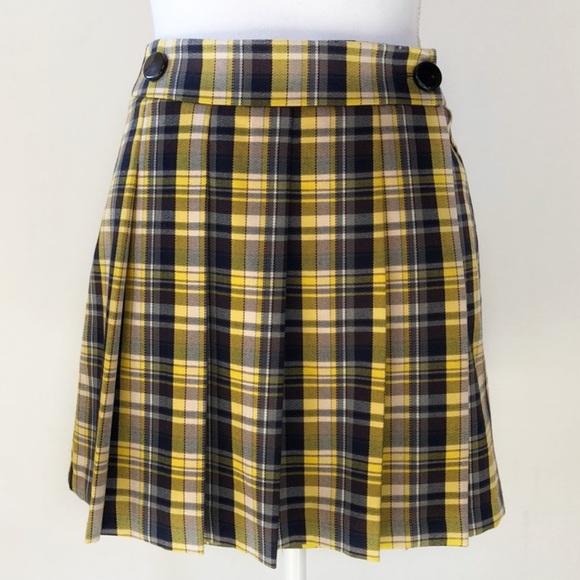 0aac9aeca6051 NWOT Topshop Pleated Yellow   Black Plaid Skirt